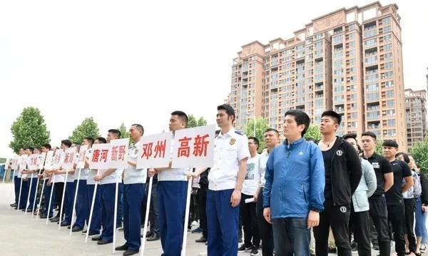 南阳消防支队:消防大比武 实训练精兵