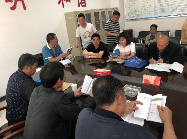 """郑州市兴达路街道民调员当""""老师"""" 讲授经验与方法"""