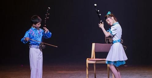 """南京""""小红花""""在芬兰展风采 受到当地观众热烈欢迎"""