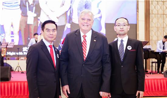 郑州西亚斯学院创办人陈肖纯博士应邀出席中美建交40周年招待会