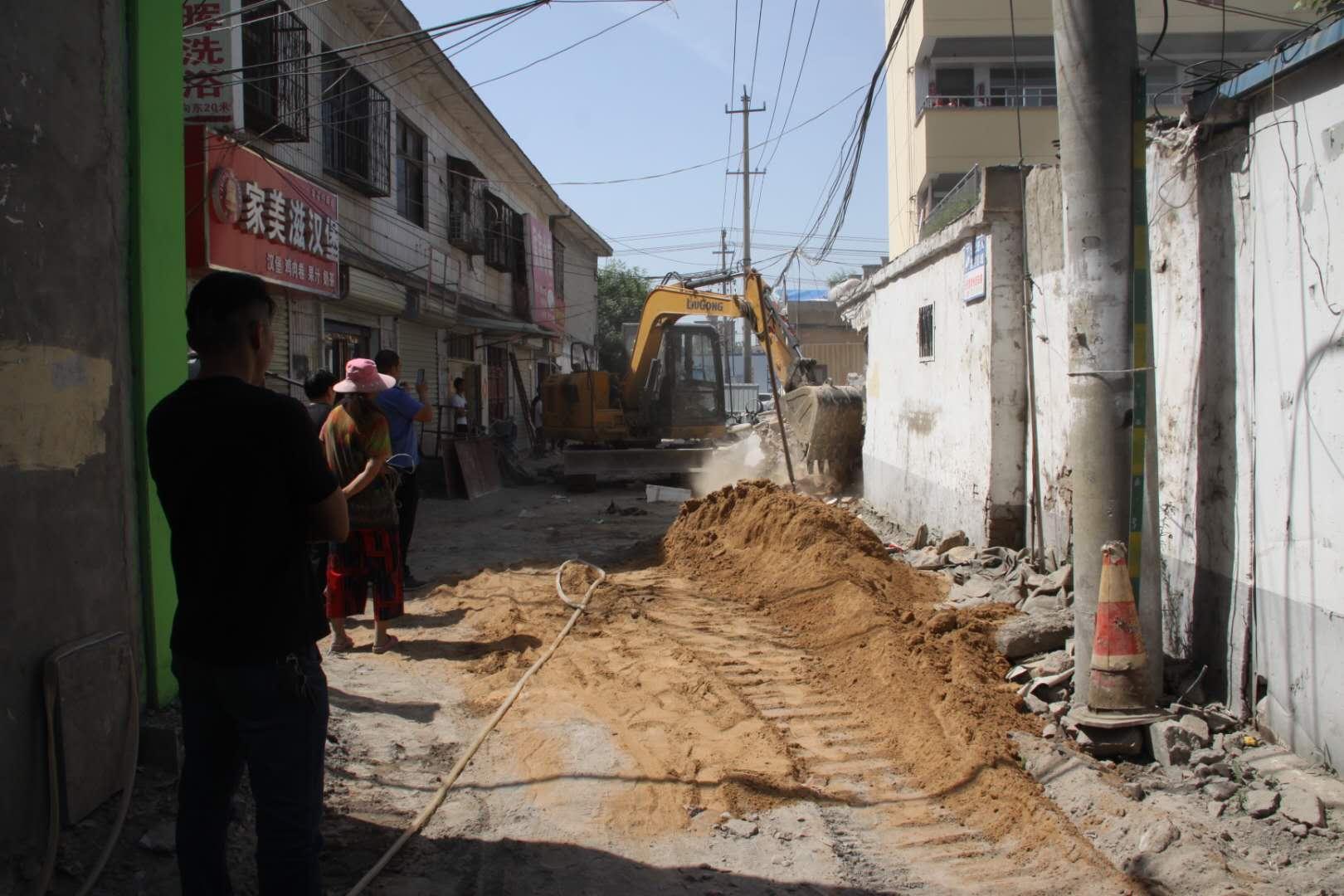 梁园区白云街道办事处全力抓好背街小巷升级改造工作