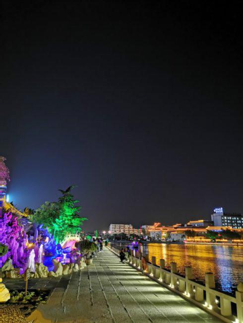 开封包公祠祝高考学子金榜题名、全国游客端午安康!