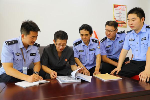 内乡县法院:周末不停歇 加班忙执行