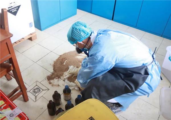 加强应急培训,创建平安医院——市一院开展危化品泄露应急演练活动