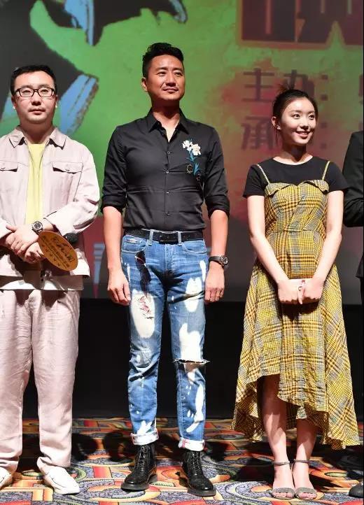 《灰猴》众主创空降郑州  诙谐幽默以智斗黑获好评