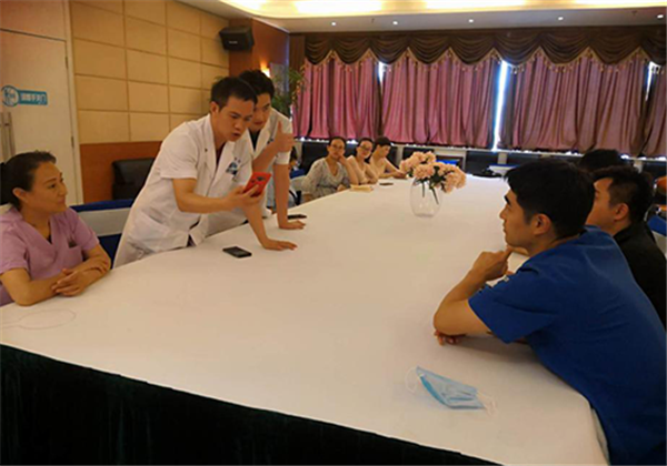 牵手国际流行医美 引爆中原美学风潮——韩国专家团入驻美丽时光整形美容医院