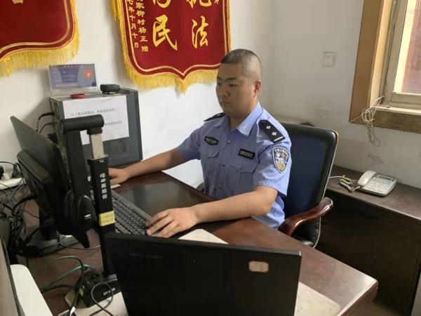 桐柏埠江派出所贾淼:军人传统永不丢 立足警营写春秋