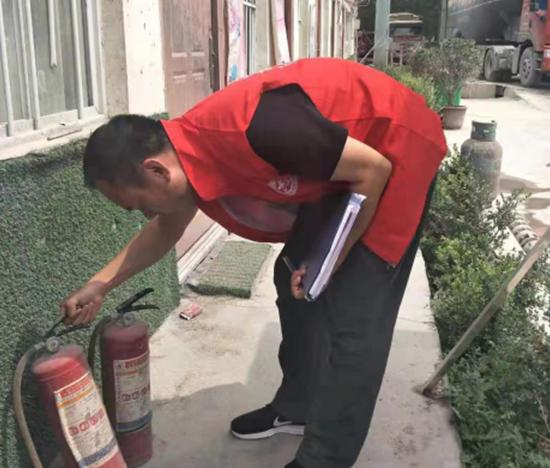 郑州市金水区兴达路街道志愿红助力消防安全大排查