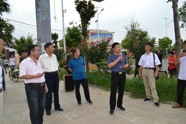 邓州市文广旅局到内乡观摩公共文化工作