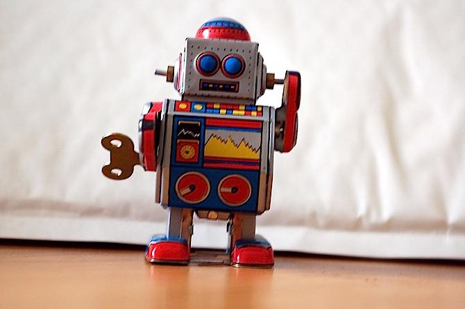 中国电子学会发布报告  中国机器人市场年均增超两成