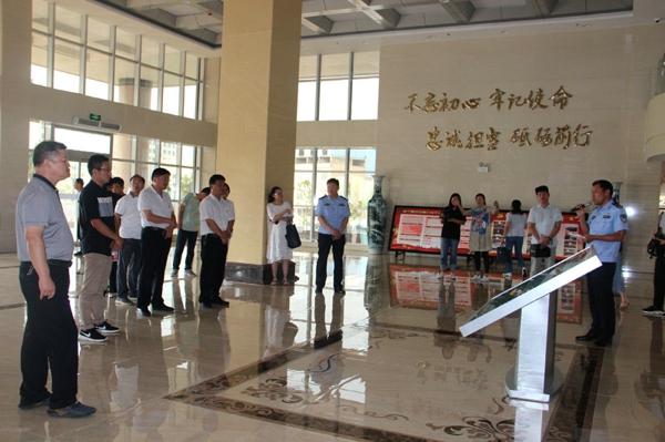 南阳市委组织部观摩指导新野城市基层党建工作