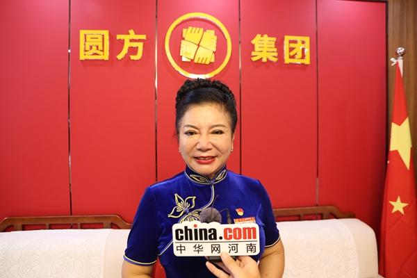 【郑领袖·第25期】薛荣: 55岁重新出发 不辜负这个伟大的时代