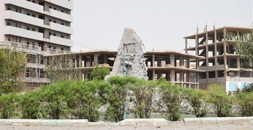 也门政府军遇袭 25名政府军士兵死亡