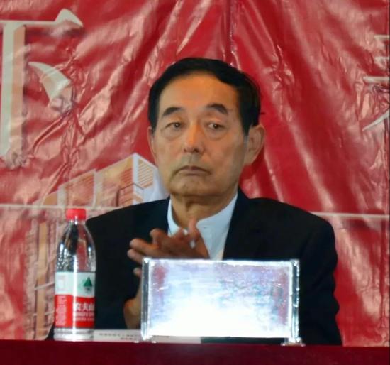 郑州医药专修学院举行第35个教师节庆祝表彰大会暨新学期工作部署会议