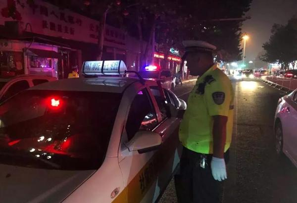 社旗交警组织开展酒驾、醉驾专项治理行动