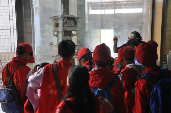 中华校园小记者参观城外城陶瓷博物馆  感知历史探索新知