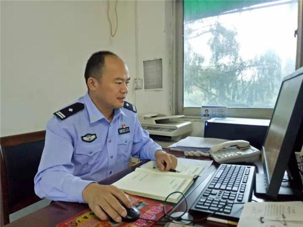 新野交警杨瑞恒:着力强化源头治理清除安全隐患