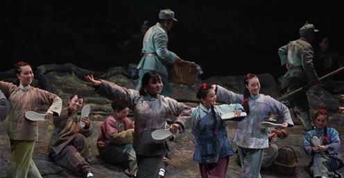 徐州梆子现代戏《母亲》在江苏南京上演