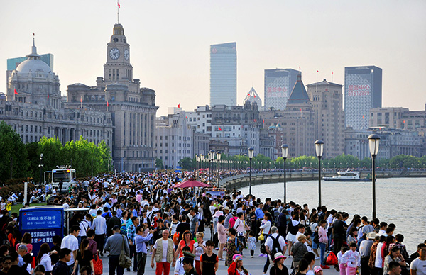 今年国庆期间中国出境游客突破700万人次