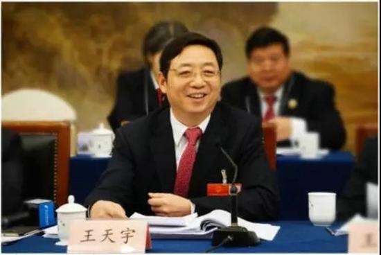 郑州银行党委书记、董事长王天宇:中小银行发展供应链金融的实践探索