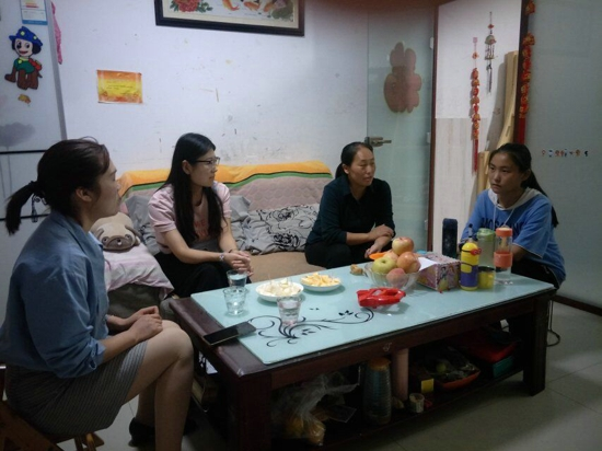 让爱,延续到家 ——郑州高新区五龙口小学组织全体教师进行家访活动