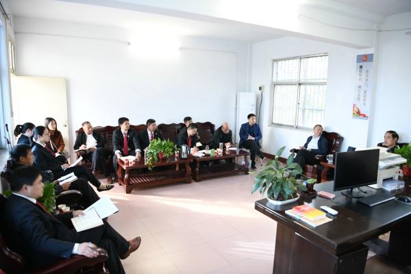 唐河县法院院长裴宗全调研人民法庭工作