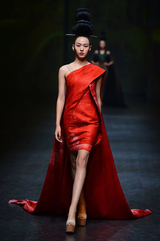 2019豫发·郑州国际时装周闭幕 掀起郑州时尚潮流风暴