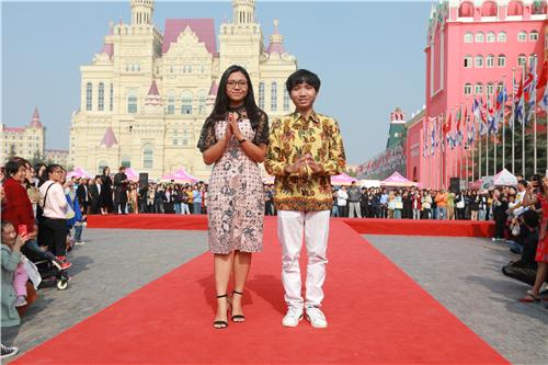 汇世界盛景,览异国芳华 郑州西亚斯学院第21届国际文化节精彩纷呈