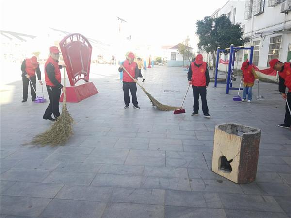 邓州构林派出所积极开展志愿者服务活动