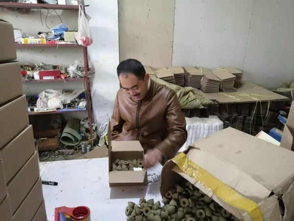 宛城区茶庵乡:身残志坚杜思阳 热血男儿当自强