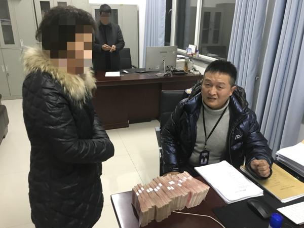 """内乡法院:面临拘留,""""老赖""""两个小时凑齐18万元执行款"""