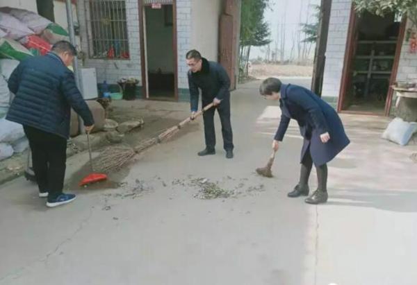 社旗县委常委、组织部长姬欣到赵河街道督导脱贫攻坚工作
