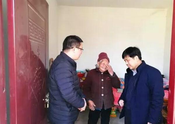 社旗县委副书记徐文凯深入基层督导脱贫攻坚工作