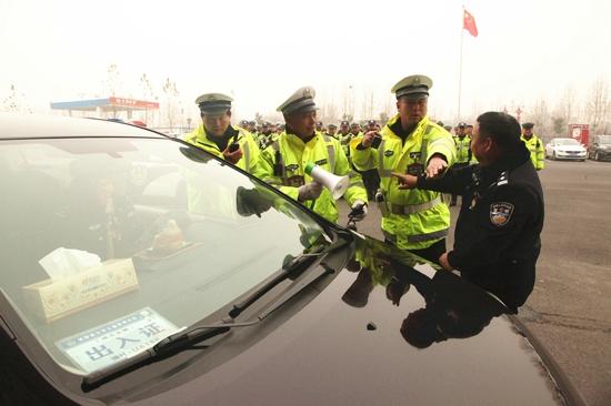 焦作市交警支队深入武陟交警大队开展安全防护送教培训