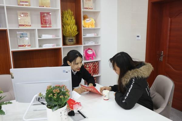 """便民在身边,服务""""零""""距离——邓州农商银行龙腾社区银行盛大开业"""