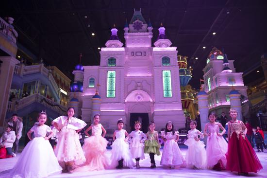 浪漫之约 童话王国 多元化冰雪旅游体验就在银基冰雪世界