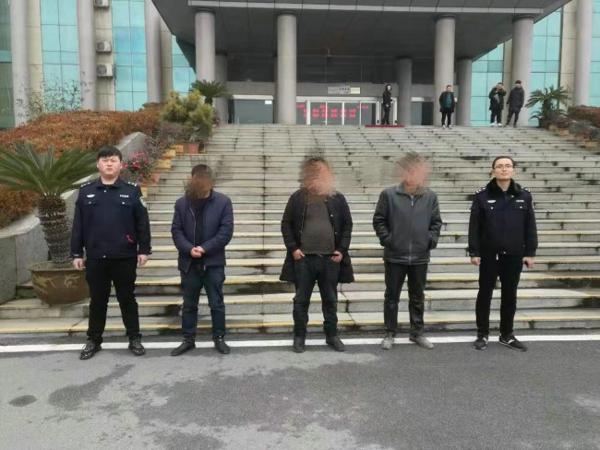 镇平县法院在春节前夕开展大执行行动