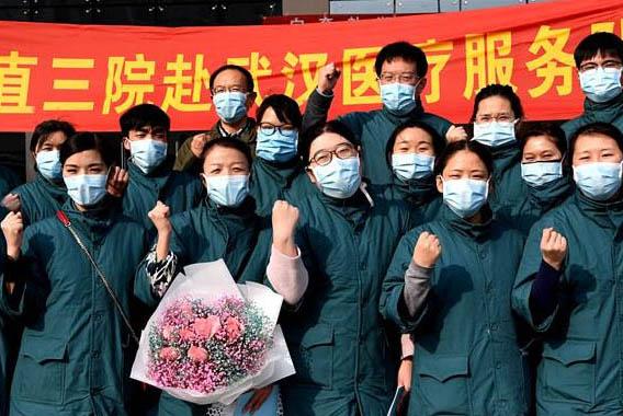 河南省第二批医疗队奔赴湖北