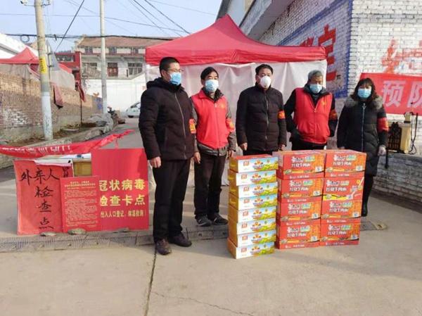 林州市桂林镇防疫一线 党员父子齐上阵