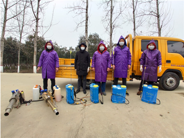 南阳宛城区:活跃在村里的志愿消毒服务队
