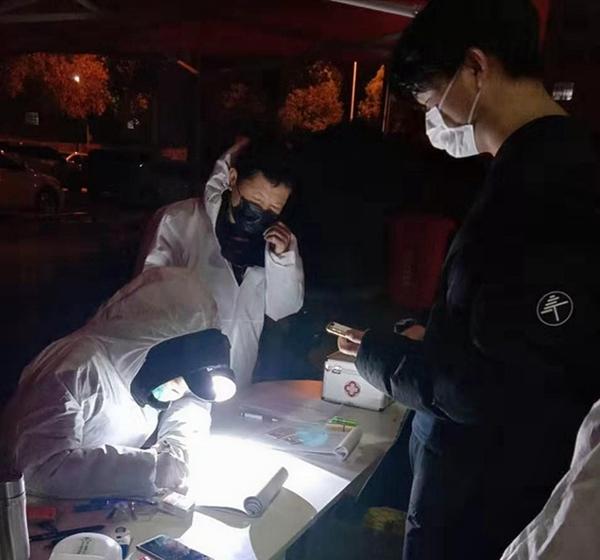 固始:党员志愿者筑起社区疫情防控的铜墙铁壁