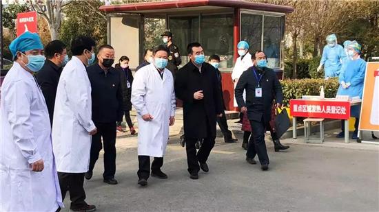 郑州市委常委、统战部部长杨福平到一线督导疫情防控工作
