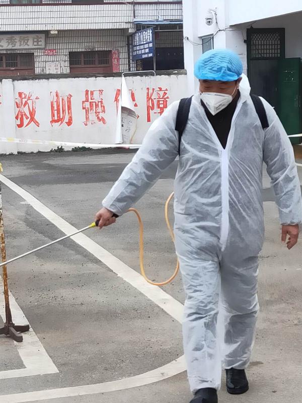 邓州市小杨营镇刘玉军抗疫一线显担当