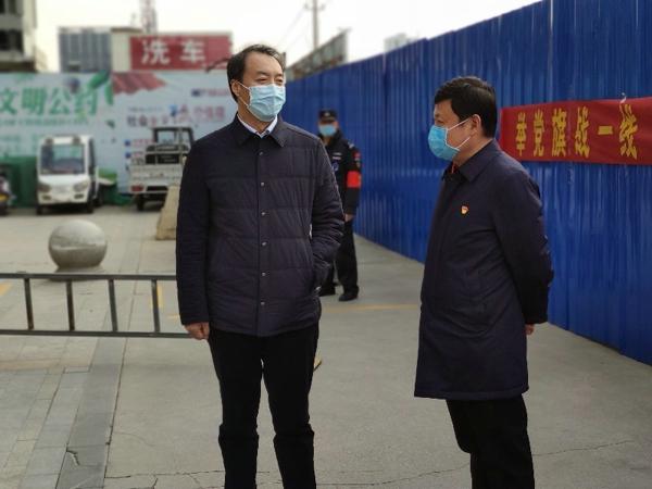 宛城区委常委、副区长陈明远到仲景街道指导疫情防控工作