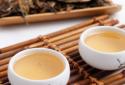 女性喝白茶和喝绿茶都有哪些不同的好处