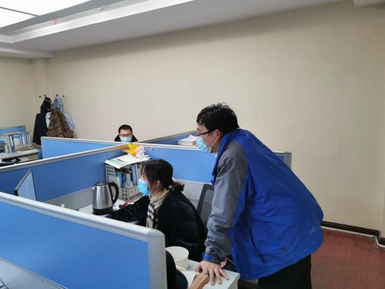 """邮储银行濮阳市分行:""""绿色通道""""提时效 助力抗疫显担当"""