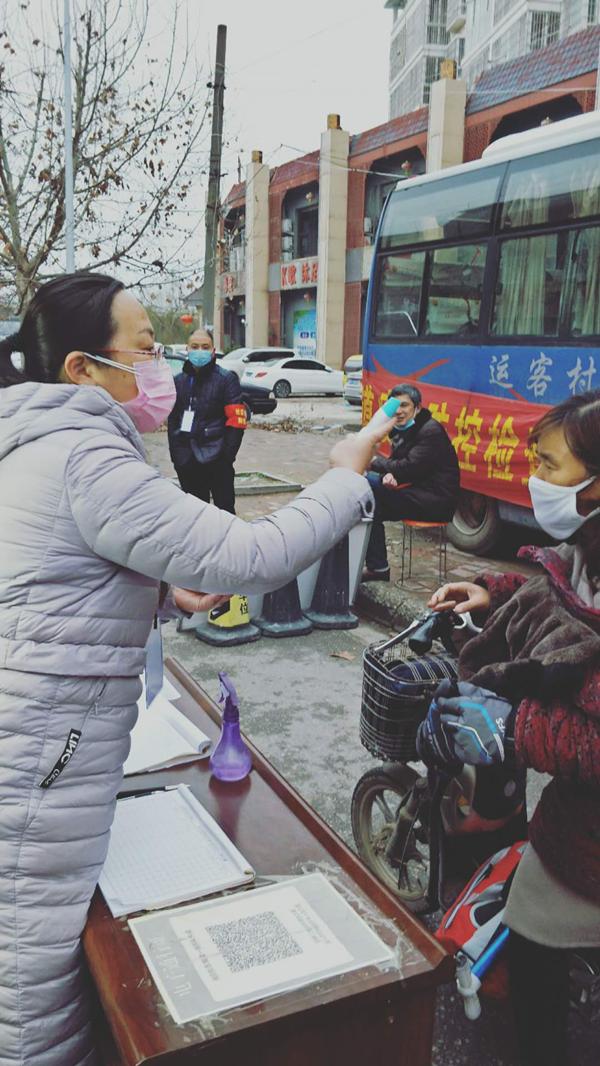 """邓州宁旭:疫情中轻伤不下""""疫""""线"""