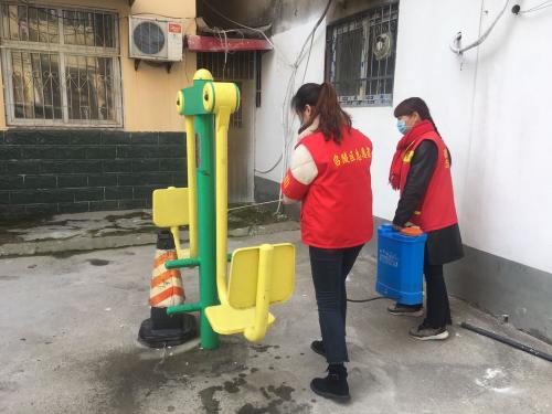 """漯河:绽放青春光芒 做新时代""""螺丝钉"""""""