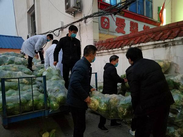 """邓州雷天才:5800斤蔬菜的""""特殊党费"""""""