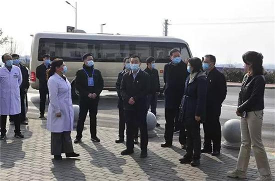 郑州市委常委、统战部部长杨福平到新密督导疫情防控工作